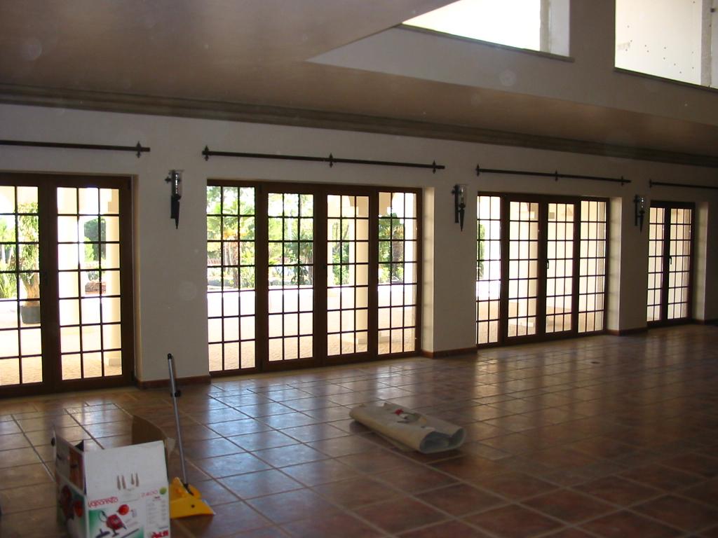 #917A3A Casa das Janelas 1576 Vidros Em Janelas De Madeira