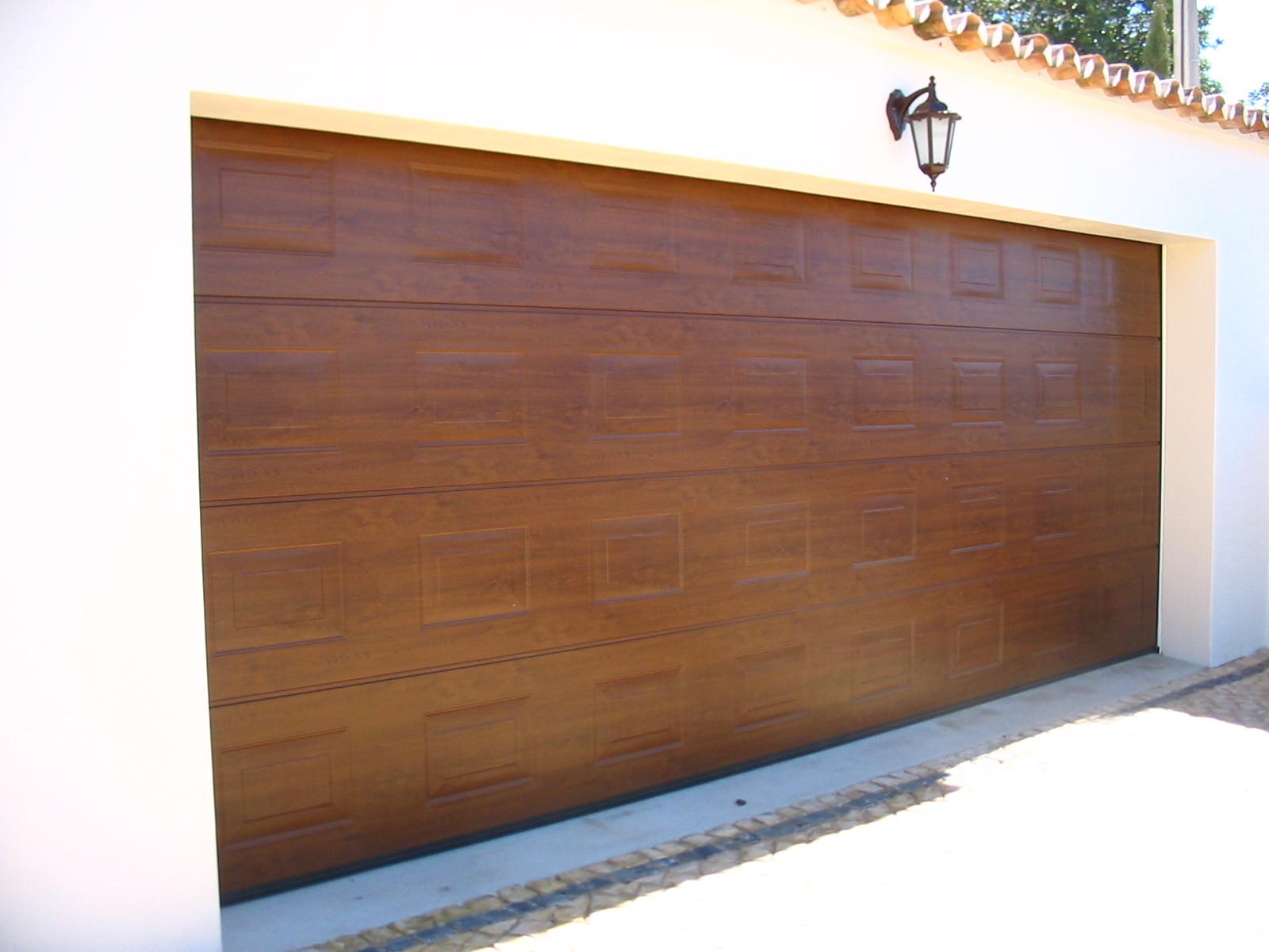 #A67025 portão da marca hormann de 5m de largura imitação de nogueira 1668 Janela De Aluminio Madeira Madeira